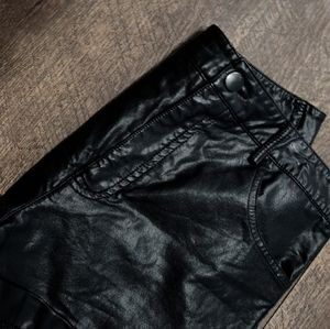 """COPY - SALE🦂""""FOREVER 21"""" FAUX LEATHER SHORTS"""